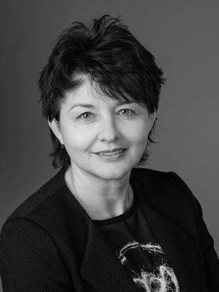 Dr. Ines Fischer Gull