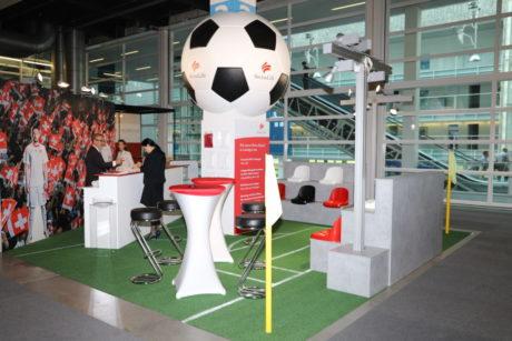 Vor-Fussball-WM Auftritt Swiss Life
